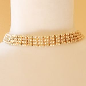 Monet vintage pearl necklace